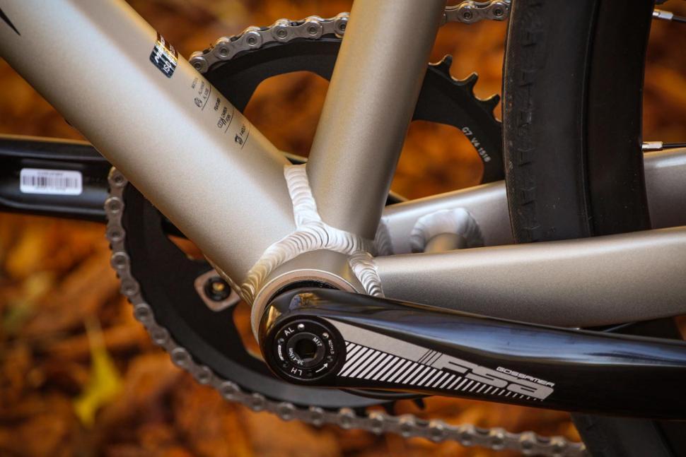 Merida Silex 300 - bottom bracket.jpg
