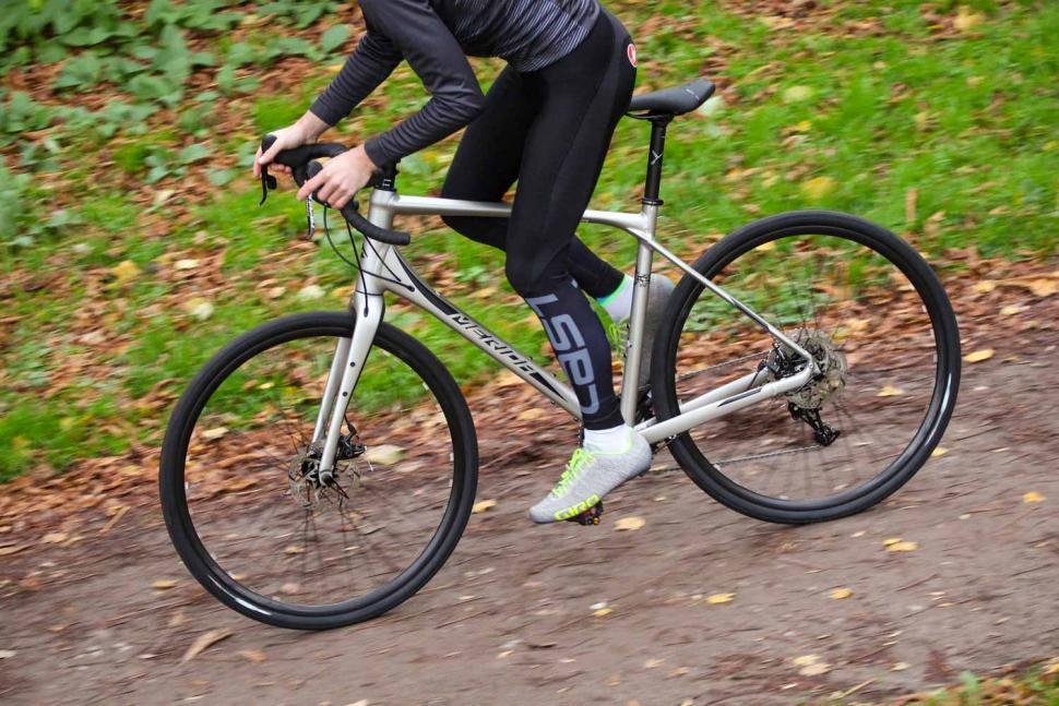Merida Silex 300 - riding 2.jpg