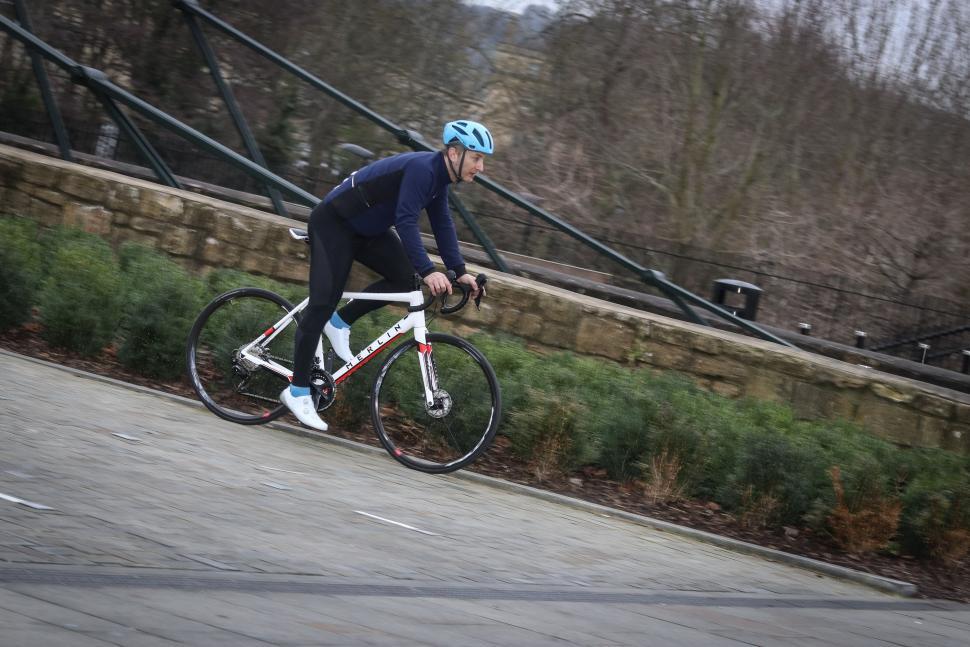 Merlin Cordite Disc riding -4.jpg