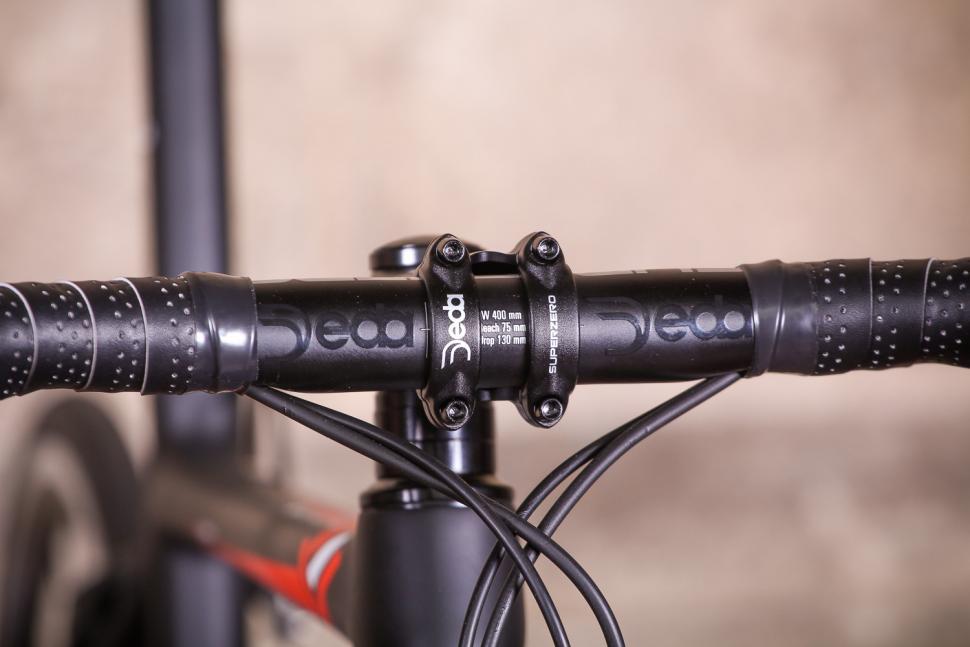 Merlin Cordite Ultegra R8000 - bars 2.jpg