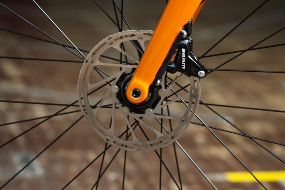 Merlin Malt G1X - front disc brake.jpg