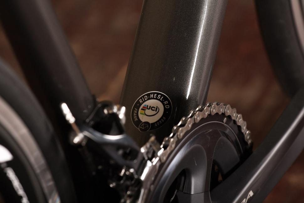 Merlin Nitro SL - UCI sticker.jpg