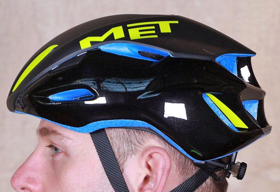 met-manta-helmet-side.jpg