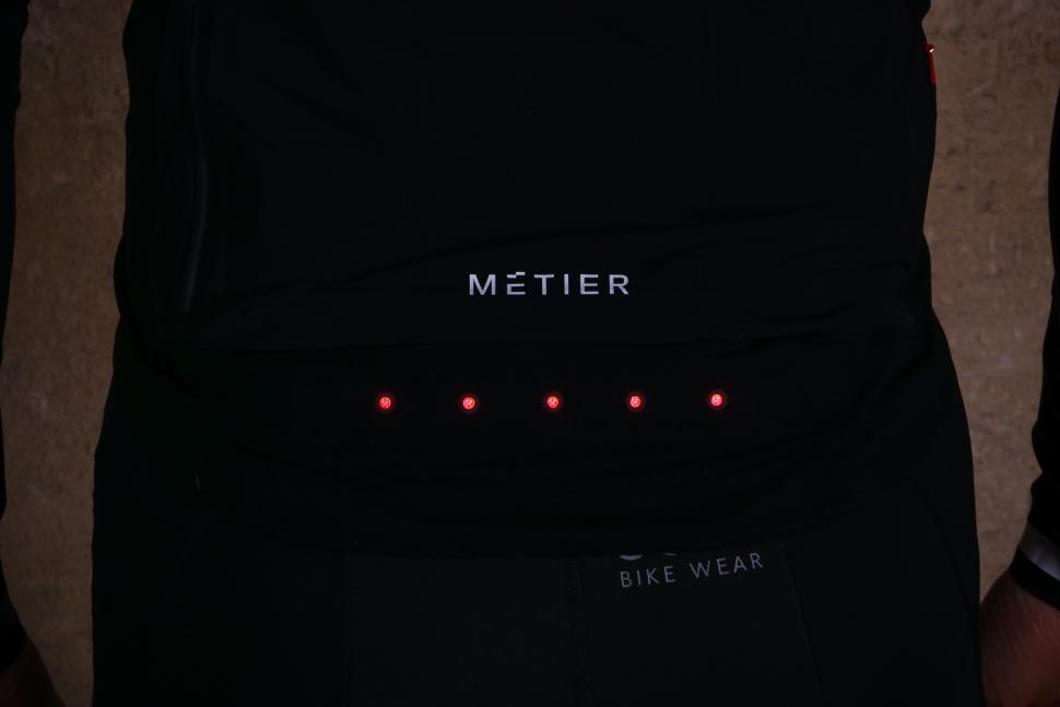 Metier Beacon jacket - lights on 2.jpg