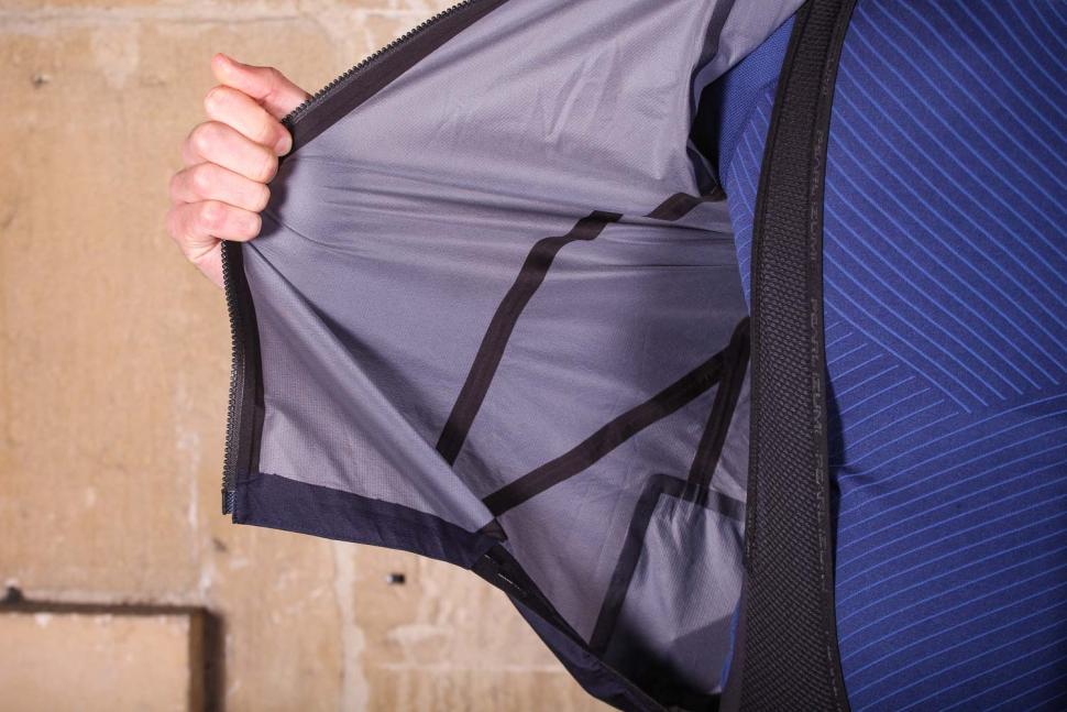 Metier Beacon Rain Jacket - taped seams.jpg