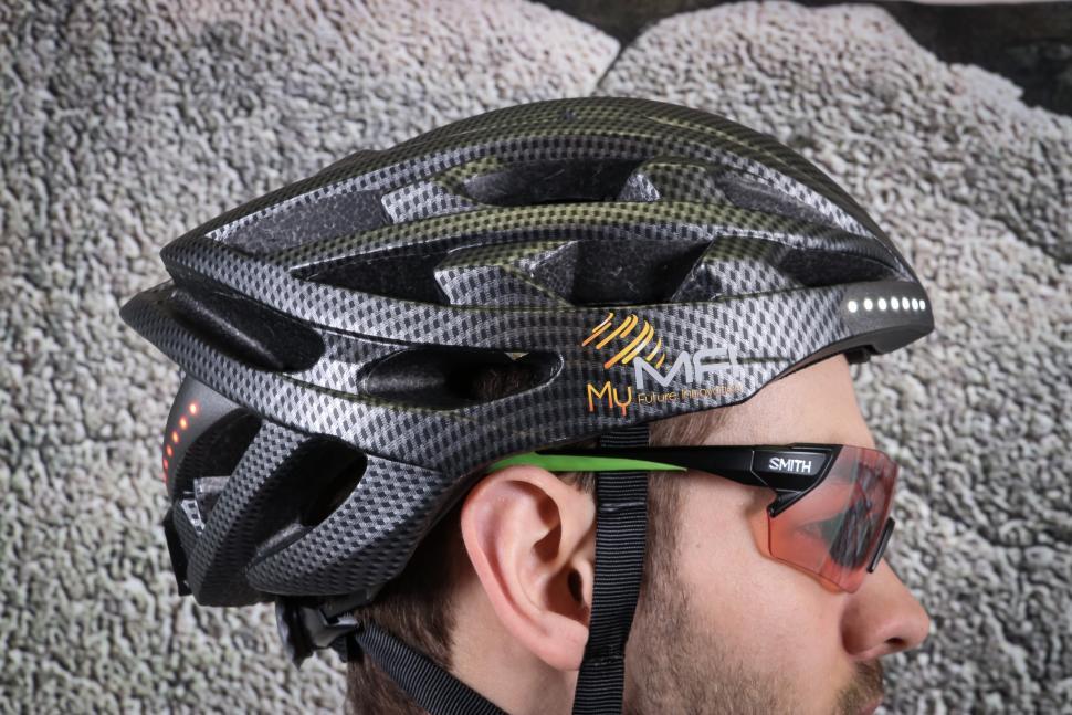 MFI Lumex Pro Helmet-3.jpg