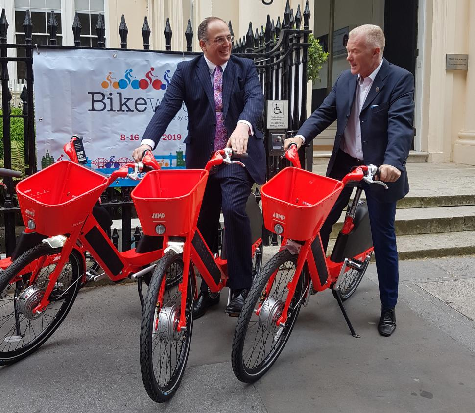 Michael Ellis MP and Paul Tuohy, Cycling UK
