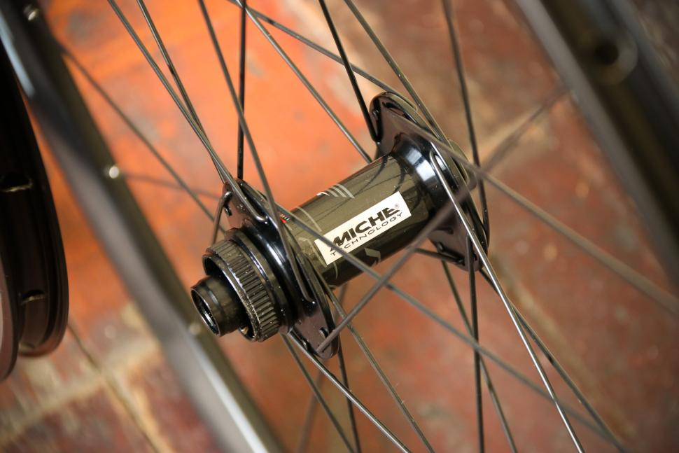 Miche Race AXY Wide Profile Disc Wheelset - front hub.jpg