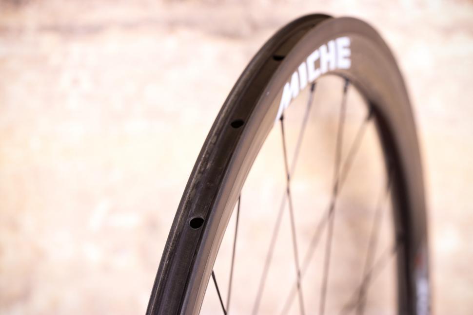 Miche Supertype 440 RC White Label Wheels - rim bed
