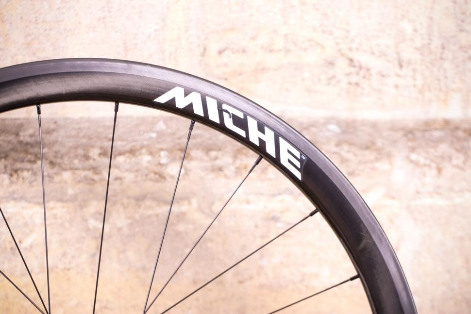 Miche Supertype 440 RC White Label Wheels - rim detail