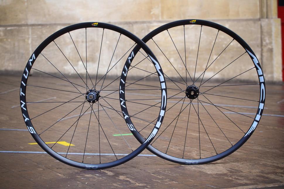 Miche Syntium AXY Disc Black Wheels.jpg