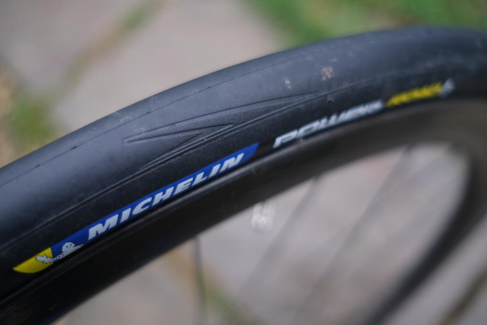 Review: Michelin Power Road Tyre 2020