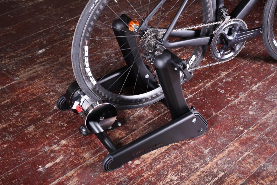 Minoura Kagura Smart Trainer - with bike.jpg