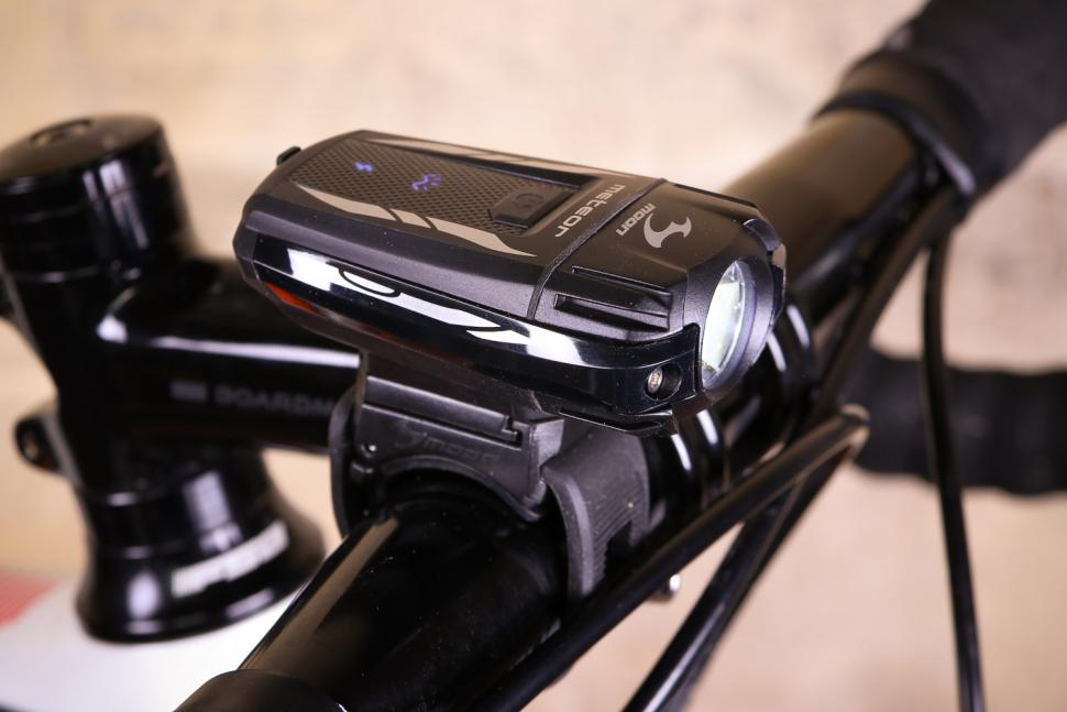 5c7542f9e77 Review  Moon Meteor C3 rechargeable Front Bike Light