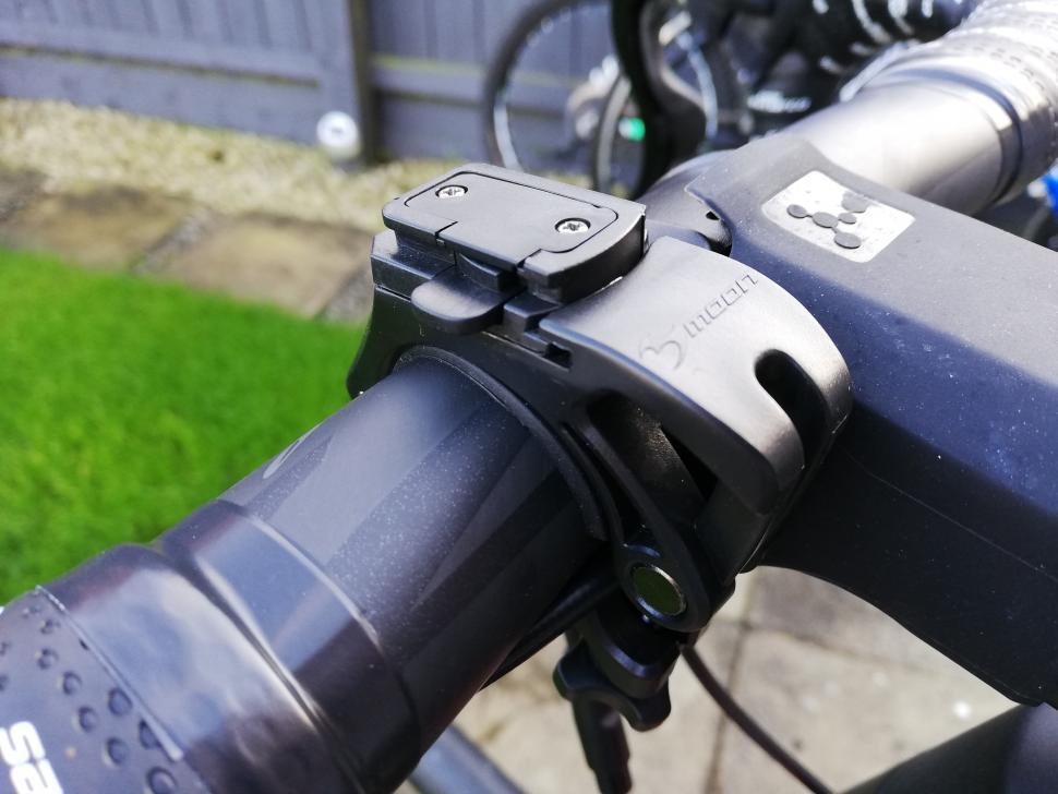 CATEYE Loop Cycling Bike Bicycle Safty Flash Front Light Warning Led White Light