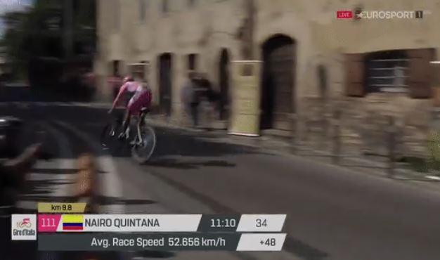 Nairo Quintana Giro d'Italia 2017 Stage 10 bunnyhop.JPG