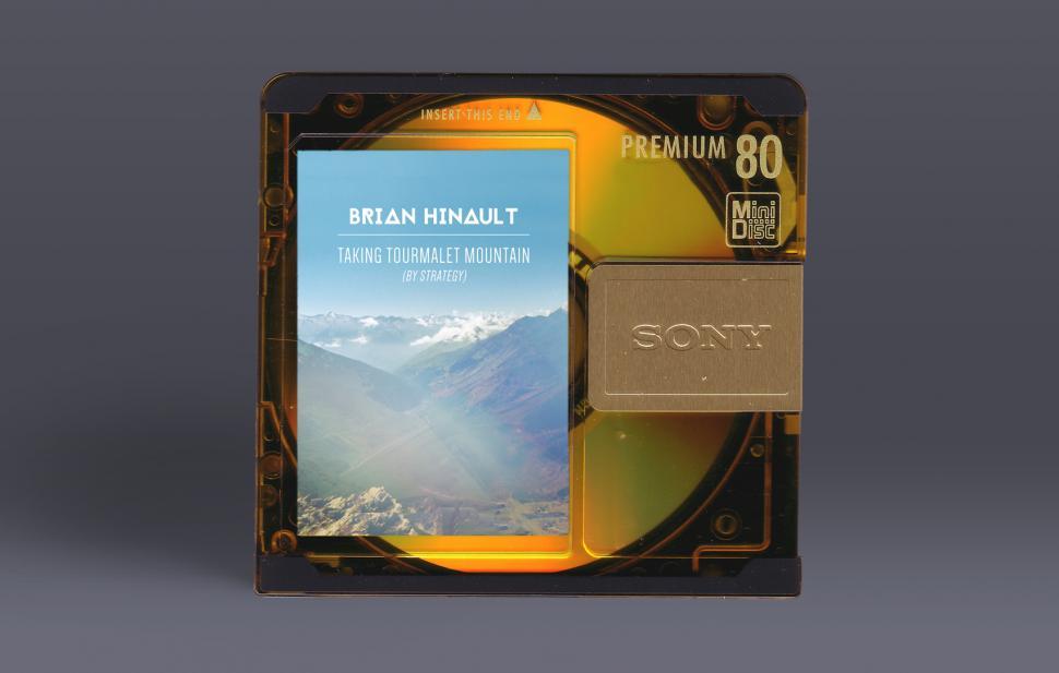 newbrianhinaultalbum-minidisc.jpg