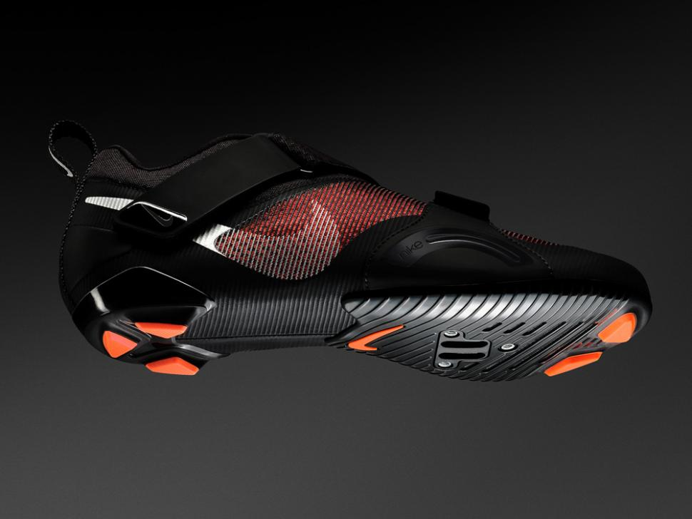 """artículo Estar confundido Stevenson  Nike step back into cycling with """"visually stunning"""" SuperRep spin bike  shoes 