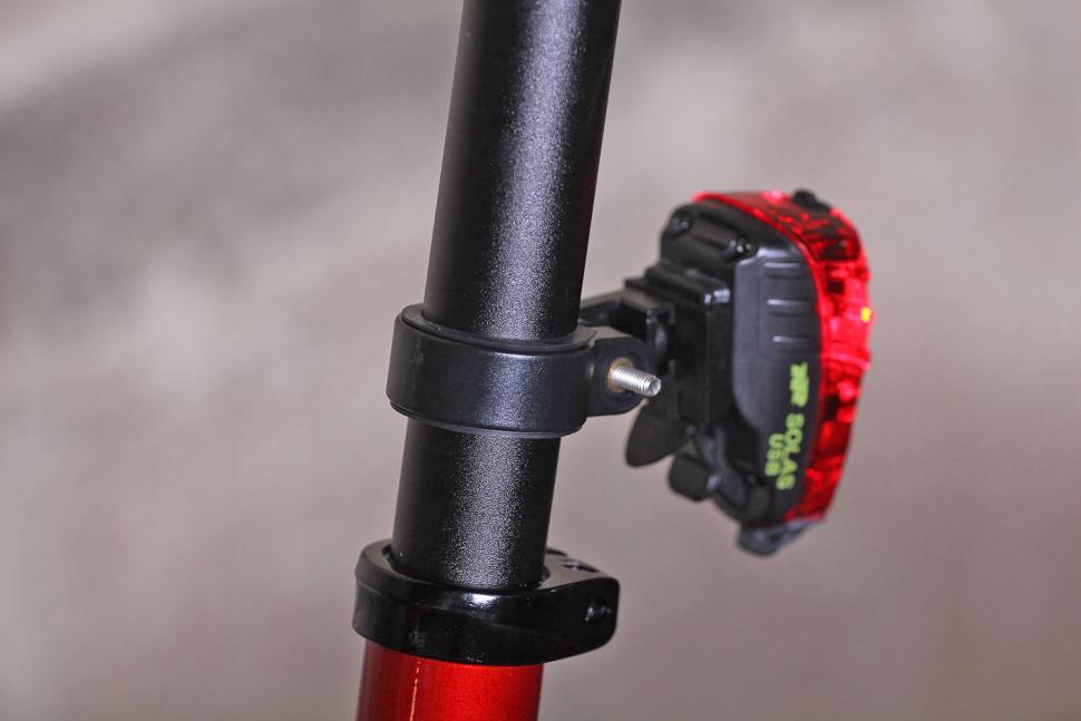 NiteRider Solas Tail Light - mount.jpg