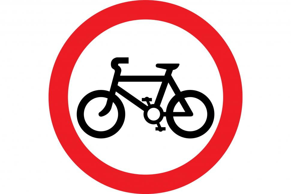 24-hour ban on bikes on Devon street - but cars only banned for 12 ...