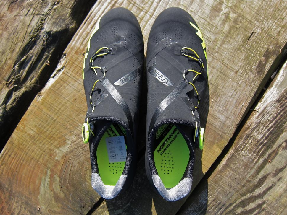Northwave Extreme RR Shoe - Top.jpg