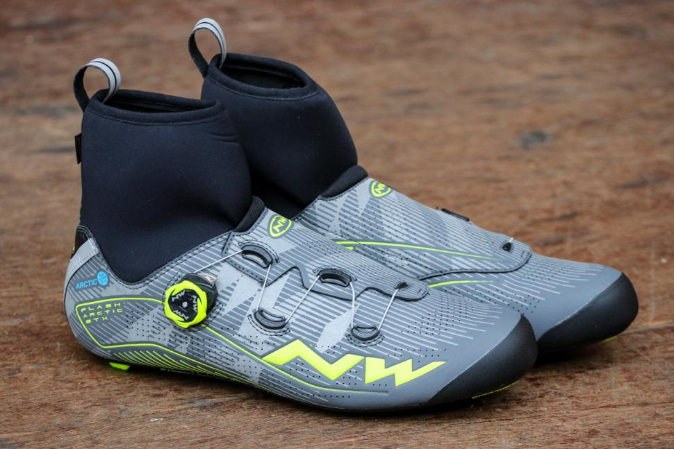 Northwave Flash Arctic GTX Winter Boots - side.jpg