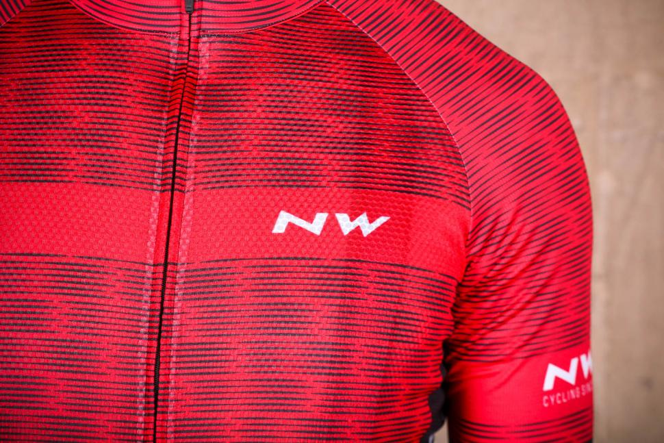 northwave_blade_air_jersey_short_sleeves_-_logo.jpg