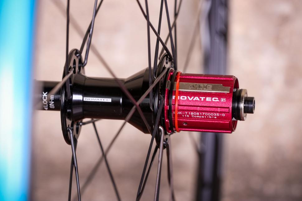 Novatec Jetfly SL wheels - rear hub.jpg