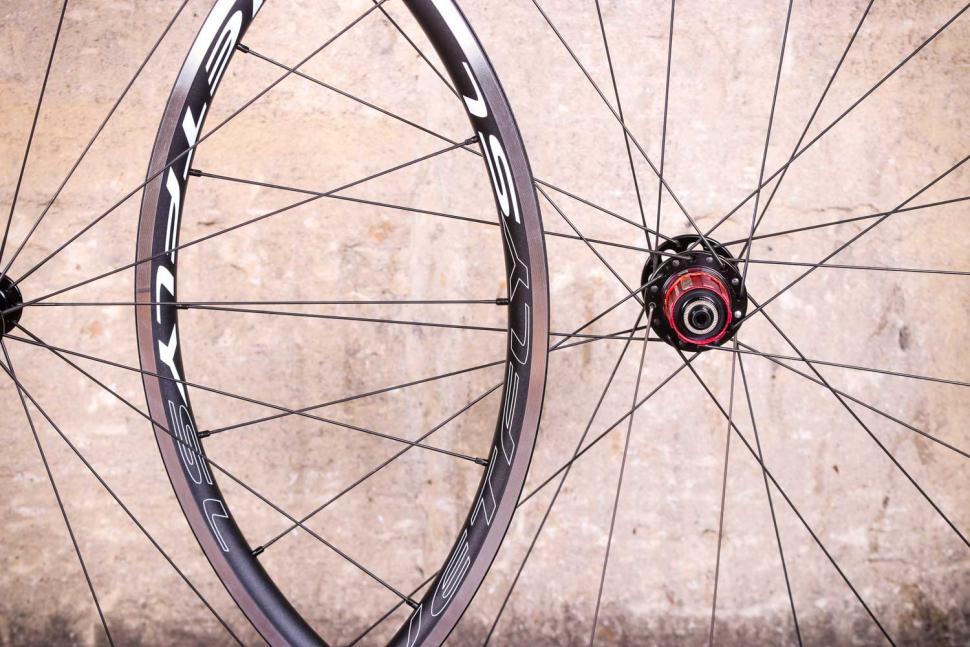 Novatec Jetfly SL wheels - rim.jpg