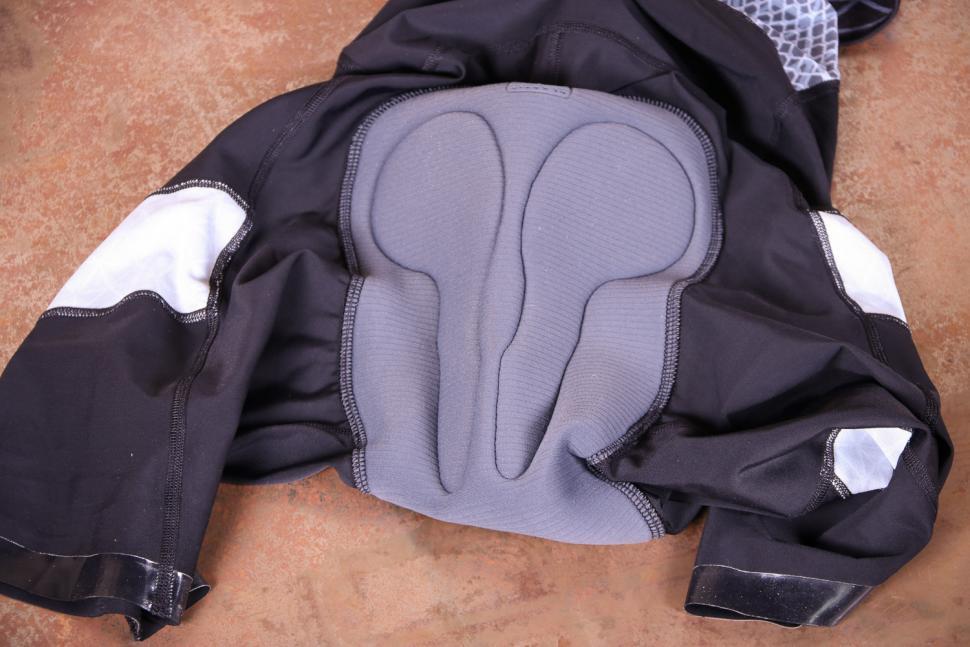 Nuovo by Ribble Bib shorts - pad.jpg