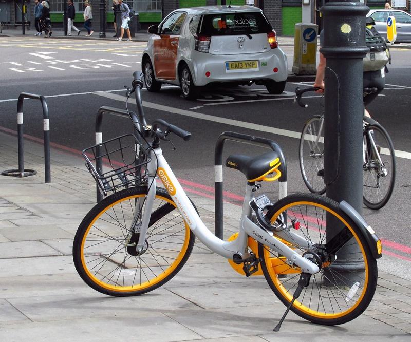 oBike in London (CC licensed by David Holt via Flickr).jpg