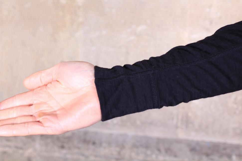 Oneten Merino Long Sleeve Jersey - cuff.jpg