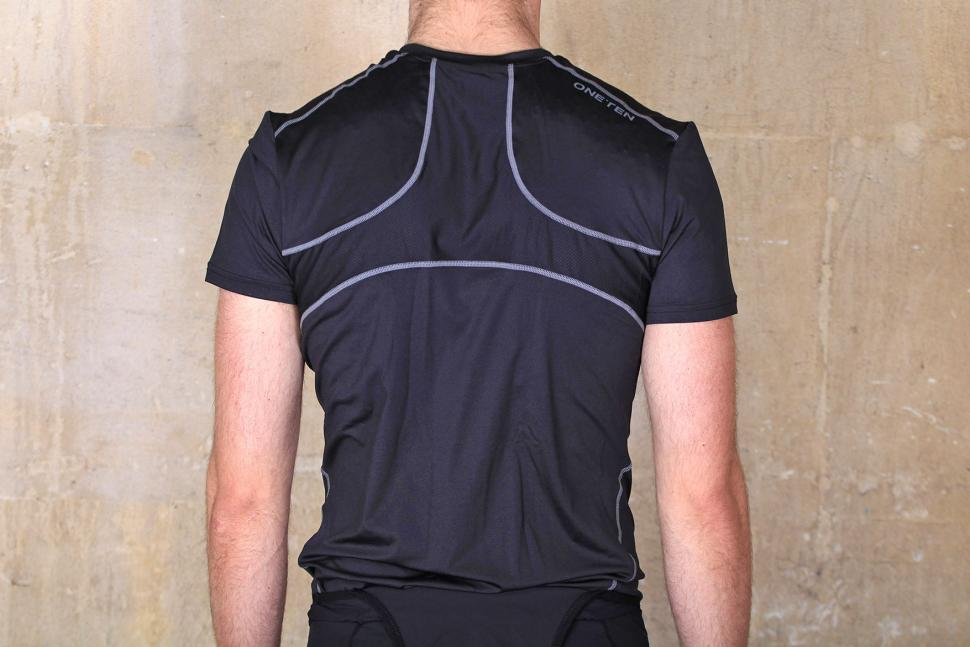 Oneten Short Sleeve Base Layer 2016 - back.jpg