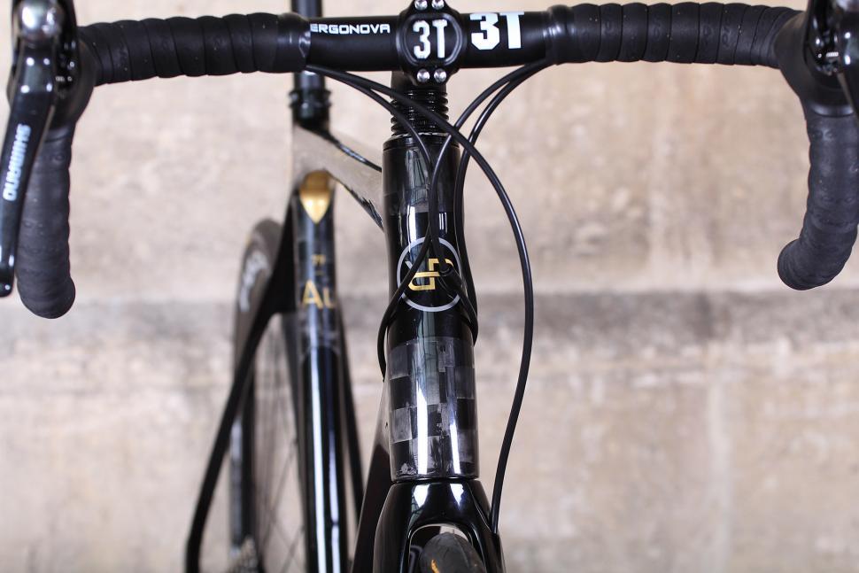 Orro Gold STC Disc - head tube badge.jpg
