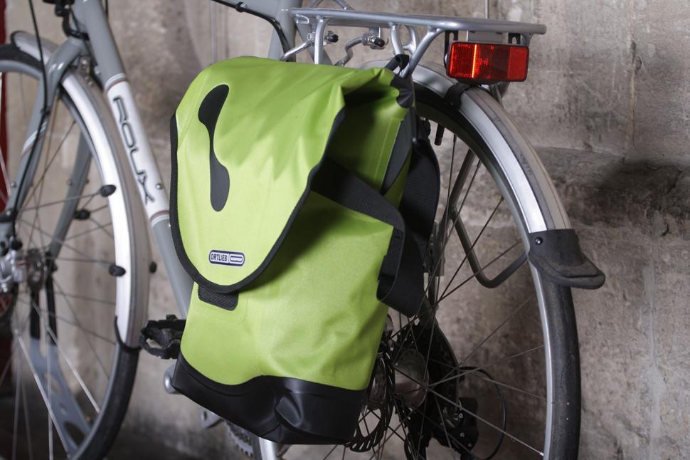 Ortlieb City Bike QL3 Pannier and Shoulderbag - from back.jpg