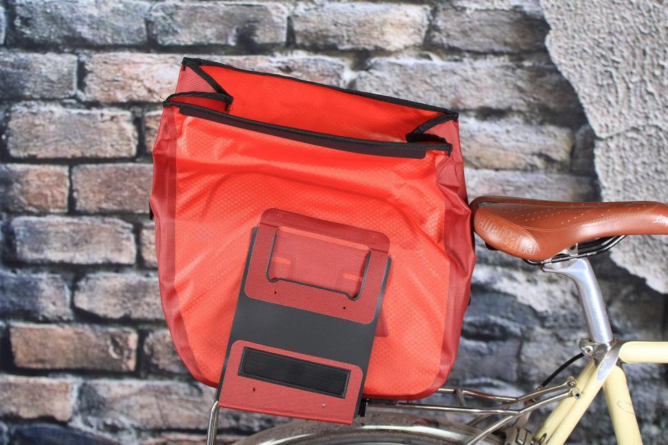 Ortlieb Trunk-Bag RC Top Case for Bike - open.jpg