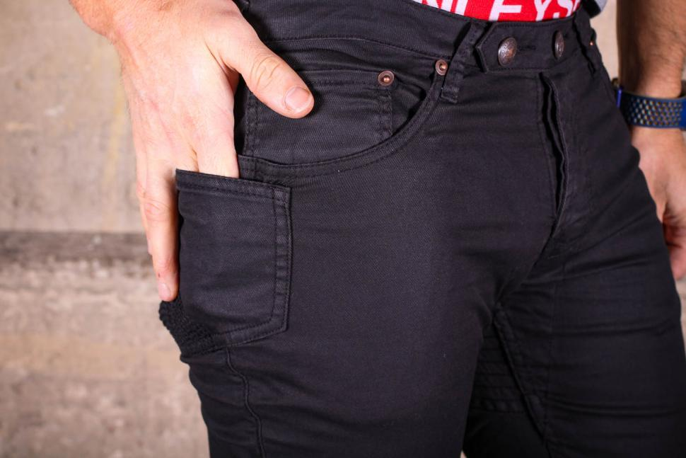 Osloh Traffic Jean Black - pocket detail.jpg