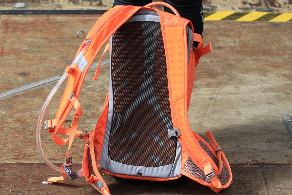 Osprey Raven 14 - back.jpg
