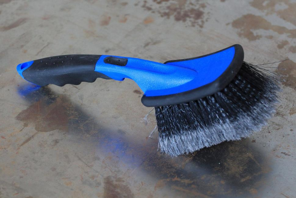 Oxford Products Big Softie cleaning brush - handle.jpg