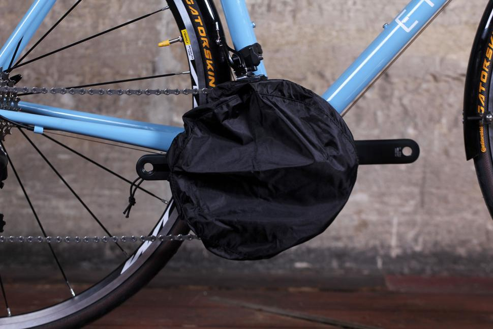 Oxford Protex Stretch Indoor Cover - chain ring cover mounted.jpg