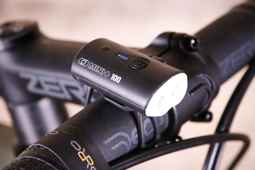 Oxford Ultratorch Mini USB Headlight.jpg