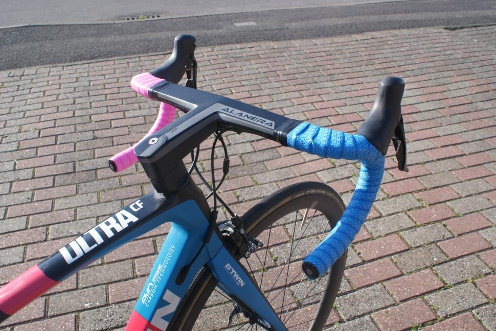 Oxford_Performance_Hnadlebar_Tape_Fitted_1.JPG