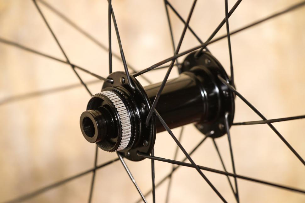 Pacenti Forza-C 30mm Disc Clincher wheels - front hub 2.jpg