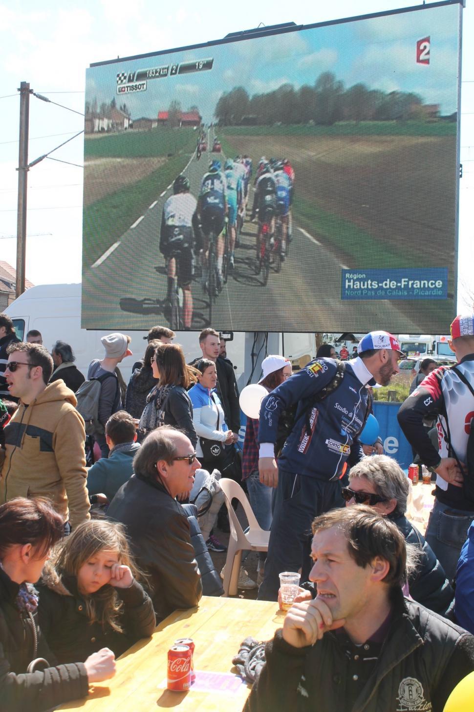 Paris Roubaix 2016 Arenberg 3 - 5.jpg