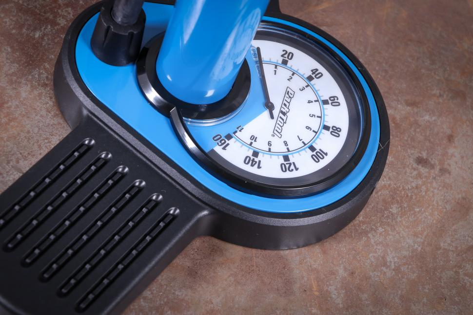 Park Tool Home Mechanic Floor Pump PFP-8-2.jpg