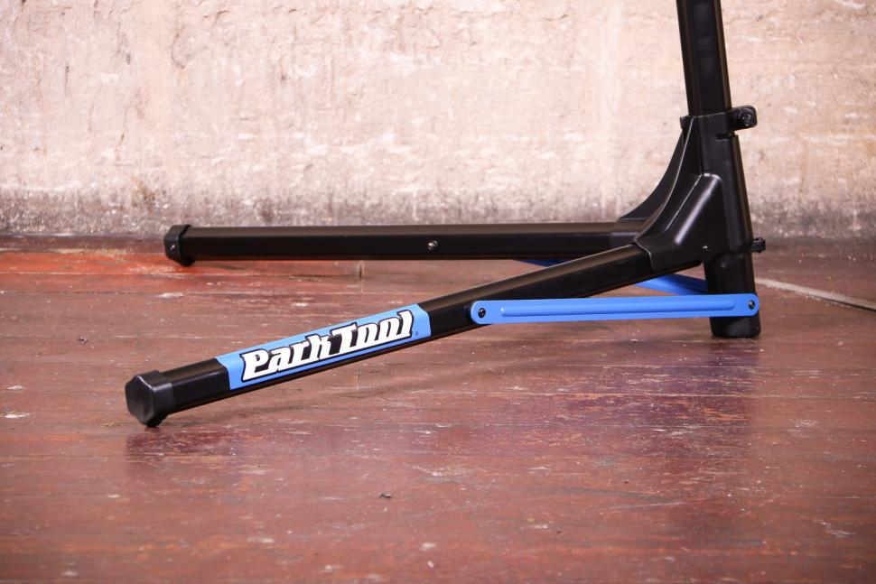 Park Tool PRS-25 Team Issue Repair stand - leg.jpg