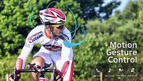 Partron Rider + headphones with leg guidance - 1.jpg