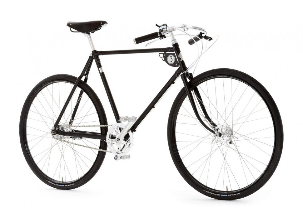 Pashley Speed 3 90th SE - 3QView.jpg