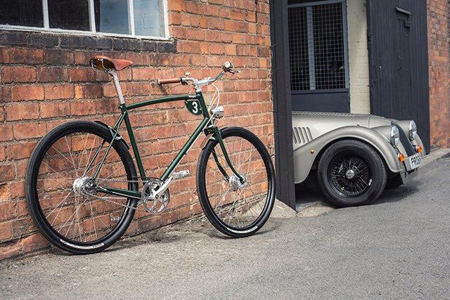 pashley_morgan_3_-_with_morgan_car_1.jpg