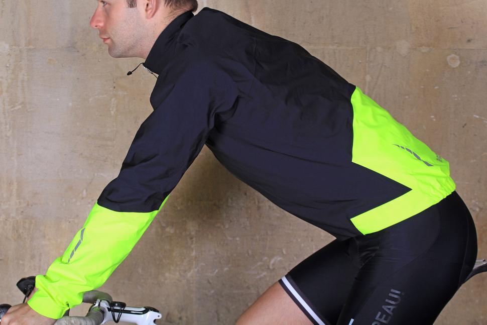 Pearl Izumi Elite WxB Jacket - riding.jpg